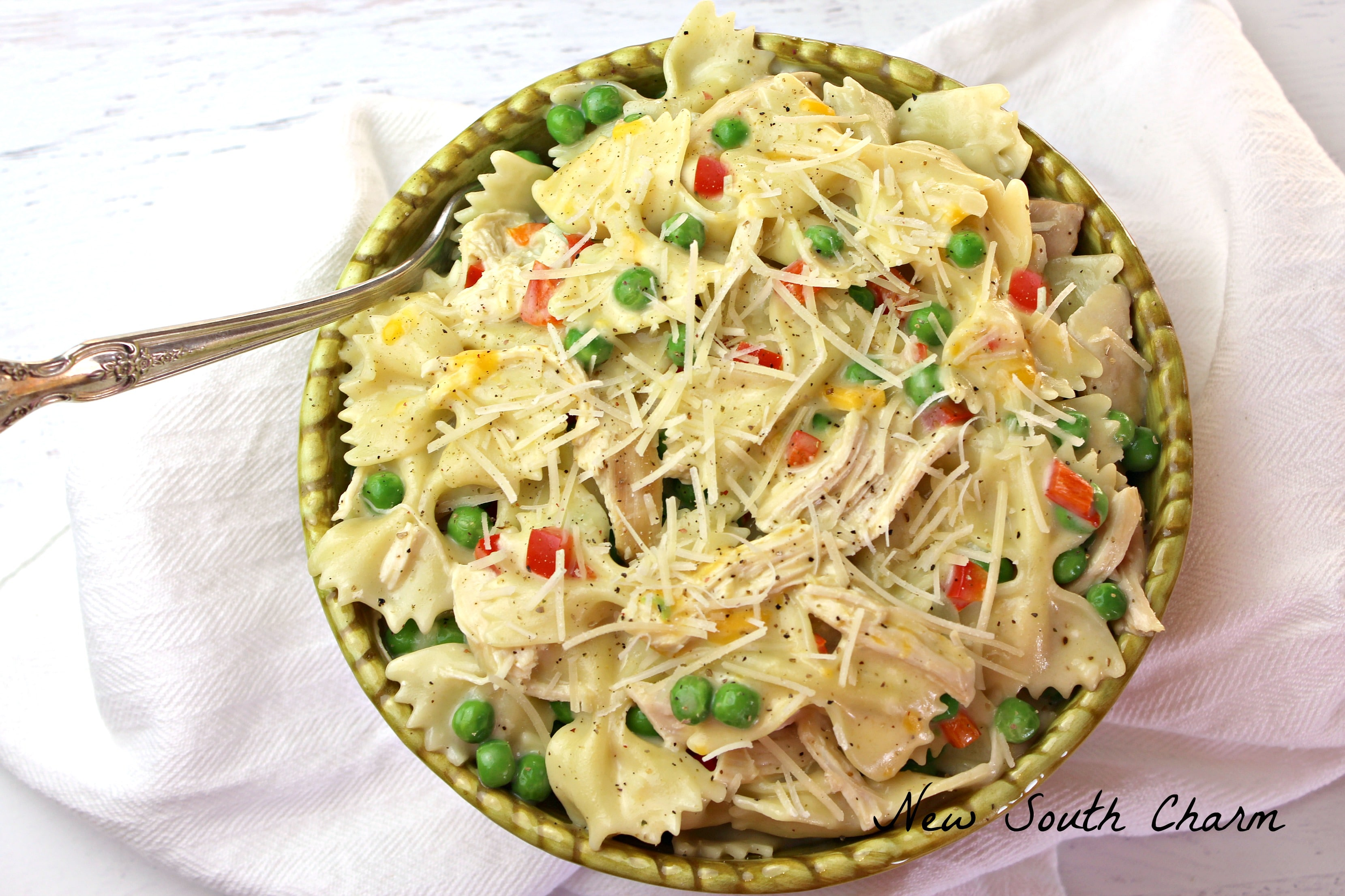 Creamy Chicken Garlic Pasta