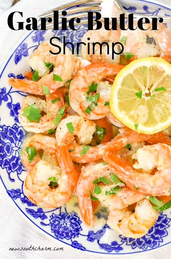 Garlic Butter Shrimp will be your new go to dinner for busy nights. This easy recipe only takes 30minutes to make and tastes like it came from a restaurant! #shrimp #30minutemeal #easy #quickandeasyrecipe