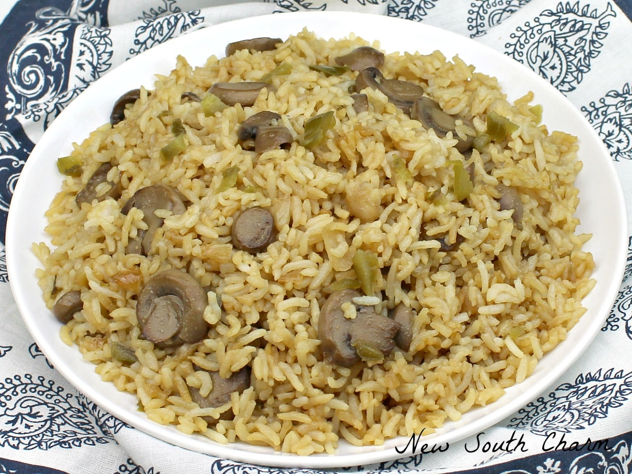 Spicy mushroom fried rice new south charm today im partnering with veetee rice to share this recipe for spicy mushroom fried rice this is a quick easy side dish thats will shake up your dinner ccuart Gallery